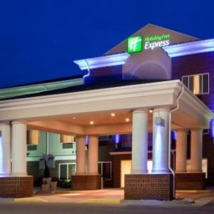 Hotels near DakotaDome - Holiday Inn Express Hotel & Suites Vermillion