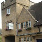 Octagon Theatre Hotels - The Keep