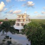 San Pedro Belize Hotels - El Hotelito Mahahual