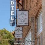 Hotels near Donald W Reynolds Center - The Campbell Hotel
