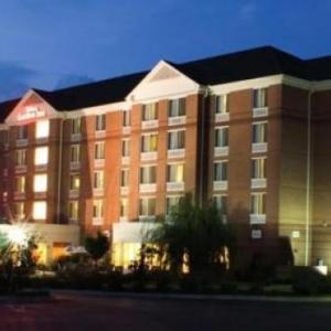 Anderson Civic Center Hotels - Hilton Garden Inn Anderson