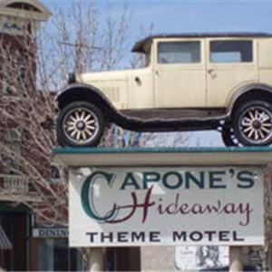 Mosaic Place Hotels - Capone's Hideaway Motel