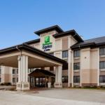 Holiday Inn Express & Suites - Worthington