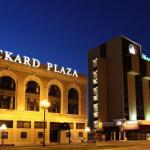 Peoria Civic Center Hotels - Mark Twain Hotel