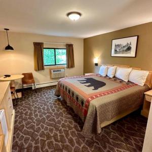 Spirit Lake Lodge & Snowmobile Rentals
