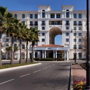 Six Flags Fiesta Texas Hotels - Eilan Hotel & Spa Autograph Collection