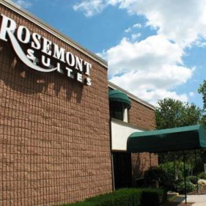 Jorgensen Center for the Performing Arts Hotels - Rosemont Suites