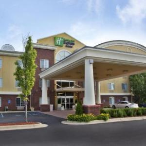 Crystal Gardens Southgate Hotels - Holiday Inn Express Hotel & Suites Woodhaven
