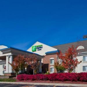 Holiday Inn Express Hotel & Suites Waterford an IHG Hotel