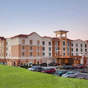 Argosy Casino Hotel and Spa Hotels - Courtyard Kansas City At Briarcliff