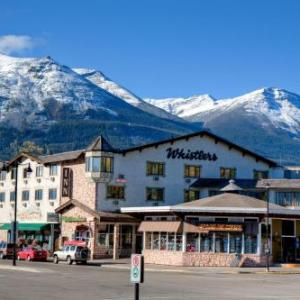Hotels near Jasper Royal Canadian Legion - Whistler's Inn