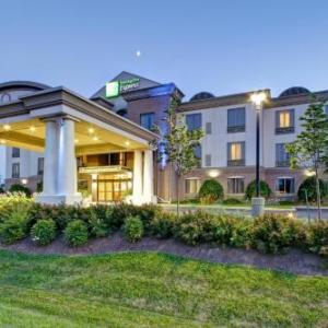 Holiday Inn Express And Suites Guelph