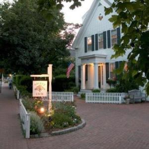 Hotels near Martha's Vineyard Performing Arts Center - Ashley Inn