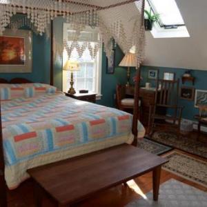Simmons Homestead Inn