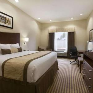 Hotels near Victoria Fine Arts Center - Baymont By Wyndham Victoria