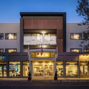 Hallmark Inn UC Davis