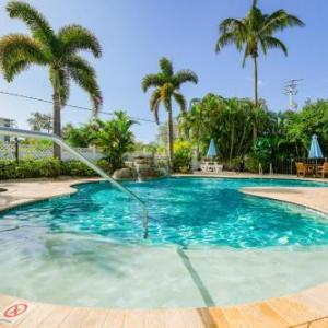 Tropical Breeze Resort by Siesta Key Luxury Rental Properties
