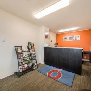 Western Financial Place Hotels - Motel 6 Cranbrook