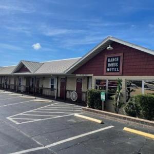 Buffalo Chip's Ranch House Motel