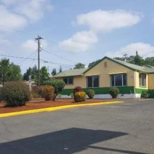 Hotels near Douglas County Fairgrounds Roseburg - Safari Inn Motel
