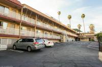 Hollywood La Brea Inn Image