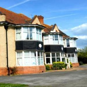Princess Theatre and Arts Centre Burnham-on-Sea Hotels - Cloisters Guest House