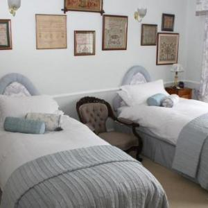 Little Holtby B&b