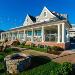 Meade Stadium Hotels - Ocean Rose Inn
