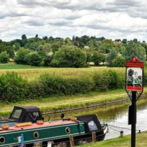 Narrowboat At Weedon