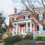 Federal Crest Inn Bed & Breakfast