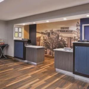 Hotels near Horror Hill - La Quinta Inn Newnan