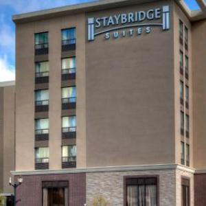 The Studio Hamilton Hotels - Staybridge Suites Hamilton - Downtown