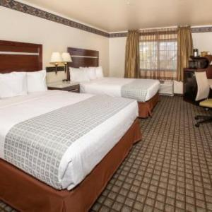 Hotels near Harrah's Lake Tahoe - Gold Dust West