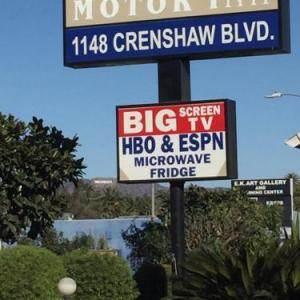 Hotels near Nate Holden Performing Arts Center - Friendship Motor Inn
