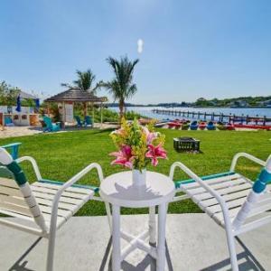 Hotels near Rusty Rudder - The Bay Resort