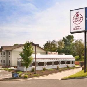 Hotels near Big Cork Vineyards - Travelodge by Wyndham Brunswick near Fredrick