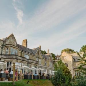 Hotels near Hall for Cornwall - The Alverton