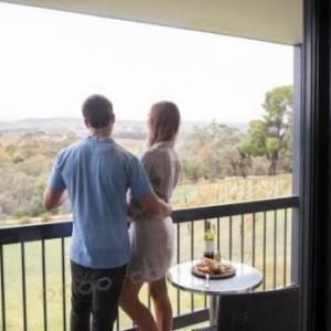 Hotels near Seppeltsfield Barossa - Novotel Barossa Valley Resort