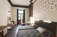 Hostal Alhambra Suites