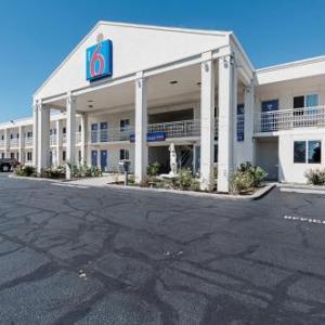 Motel 6-Martinsburg WV
