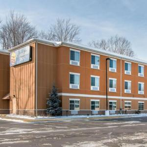Hotels near Silver Creek Event Center at Four Winds - Comfort Inn New Buffalo