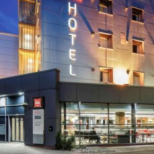 Hull College Craven Park Hotels - ibis Hull City Centre