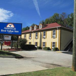 Hotels near James R. Hallford Stadium - Americas Best Value Inn