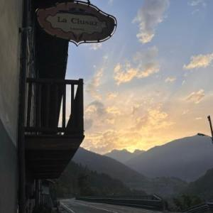 Book Now Locanda La Clusaz (Gignod, Italy). Rooms Available for all budgets. With free Wi-Fi the Locanda La Clusaz is in the Valle D'Aosta valley and has been run by the same family for 3 generations. Rooms come with views of the mountains the valley o