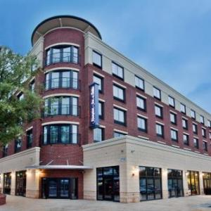 Boshamer Stadium Hotels - Hampton Inn & Suites Chapel Hill/Carrboro