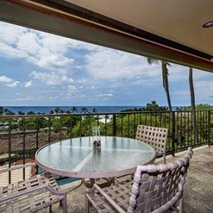 Book Now Kahaluu Bay Apartment #304 (Kailua Kona, United States). Rooms Available for all budgets. PL2865 Featuring free WiFi throughout the property Kahaluu Bay Apartment #304 is an apartment situated in Kailua-Kona 5 km from Kaloko-Honokohau National Historic Park. Offeri