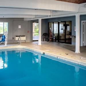 Red Roof Inn & Suites Middletown-franklin