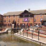National Bowl Hotels - Premier Inn Milton Keynes Central South West - Furzton Lake