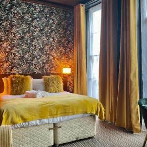 Brighton Breeze Hotel
