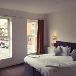 Calderstones Park Liverpool Hotels - Snooze